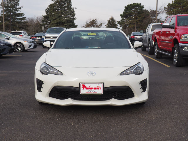 Certified Pre-Owned 2017 Toyota 86 Base
